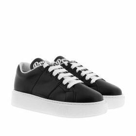 Prada Sneakers - Low Top Plateau Sneaker Black - black - Sneakers for ladies