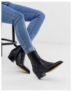 Depp black leather western boots with stacked heel