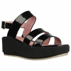 Stonefly  KETTY 8  women's Sandals in Black