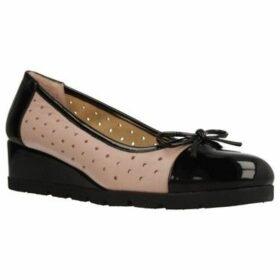Stonefly  110010  women's Shoes (Pumps / Ballerinas) in Beige
