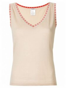 Chanel Pre-Owned CC logos sleeveless knit top - Neutrals