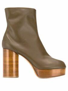 Maison Margiela Tabi platform boots - Brown