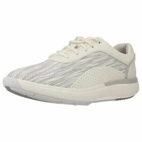 Clarks  UN CRUISE LACE WHITE  women's Shoes (Trainers) in White