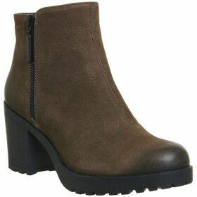 Vagabond Grace Side Zip Boots