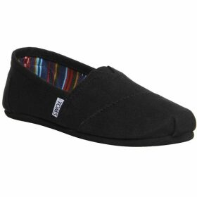 Toms Classic slip on pumps