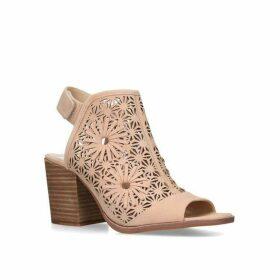 Vince Camuto Kalison Sandals