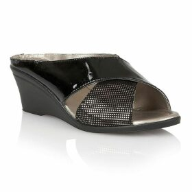 Lotus Shoes Trino casual sandals