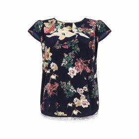 Yumi Curves Floral Print Plus Size Top
