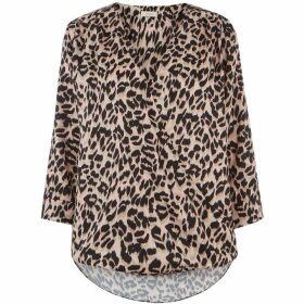 Oasis Animal Wrap Front Top