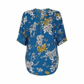 Yumi Curves Butterfly And Flower Feature Zip Blouse