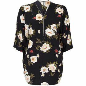 Yumi Floral Print Zipper Neckline Blouse