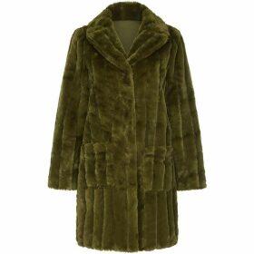 Yumi Patch Pocket Faux Fur Coat