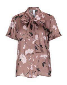 JE SUIS CHAPEAU SHIRTS Shirts Women on YOOX.COM
