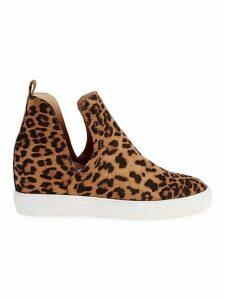 Leopard Printed Slip-On Sneakers
