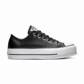 Chuck Taylor All Stars Lift Clean Leather Low Top Platform Trainers