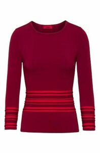 Slim-fit knitted sweater with contrast piping