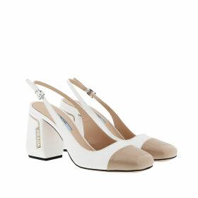Prada Pumps - Slingback Pumps Patent Leather Bianco/Travertino - white - Pumps for ladies