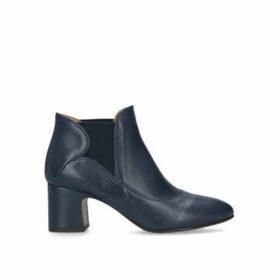 Chie Mihara Nino - Navy Block Heel Ankle Boots