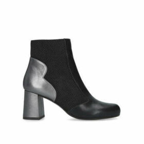 Chie Mihara Moira - Black Block Heel Ankle Boots