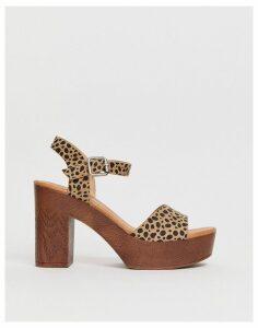 Glamorous leopard wood effect platform sandals-Multi