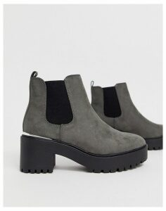 New Look metal detail chunky heeled boots in mid grey