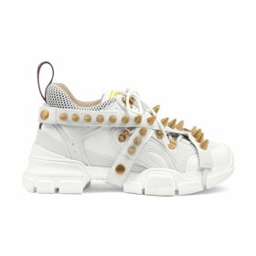 Women's Flashtrek sneaker with removable spikes