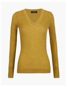 Autograph Fine Gauge Merino V-Neck Fitted Jumper
