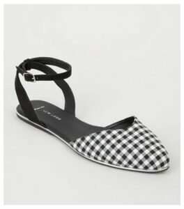Wide Fit Black Check Print Pumps New Look