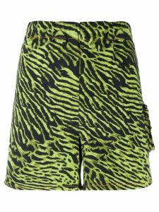 Ganni tiger print shorts - Green