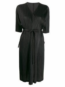 Pleats Please Issey Miyake pleated satin wrap coat - Black