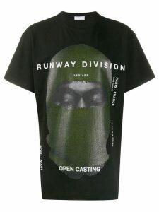 Ih Nom Uh Nit printed Runway Division T-shirt - Black