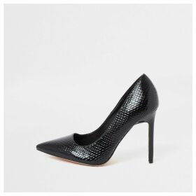 River Island Womens Black wide fit embossed court shoes