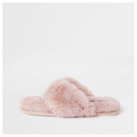 River Island Womens Pink diamante faux fur flip flop slippers