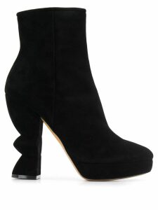 Salvatore Ferragamo sculptural heel boots - Black