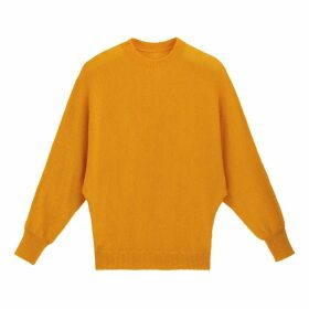 Fine Knit Batwing Jumper with Round Neck