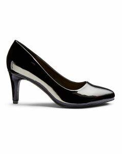 Rhea Classic Court Shoe Wide Fit
