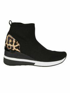 Michael Kors Skyler Ankle Boots