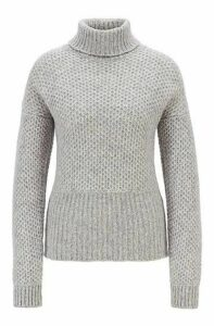 Relaxed-fit chunky-knit sweater with a turtleneck