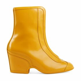 Water resistant ankle boot