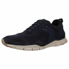Geox  D SUKIE  women's Shoes (Trainers) in Blue