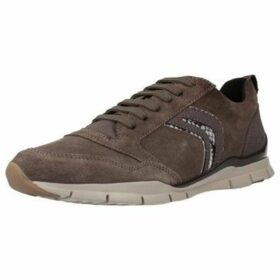 Geox  D SUKIE  women's Shoes (Trainers) in Brown