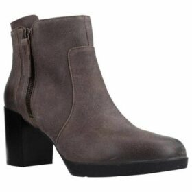 Geox  D ANEEKA  women's Low Ankle Boots in Brown