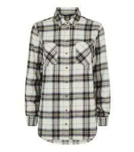 Petite White Check Print Flannel Shirt New Look