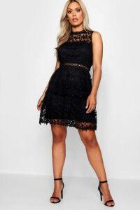 Womens Plus Lace Tiered Skater Dress - black - 20, Black