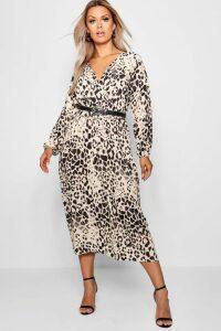 Womens Plus Leopard Midi Dress - Brown - 22, Brown