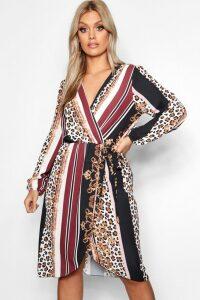 Womens Plus Chain Mixed Print Wrap Midi Dress - black - 20, Black