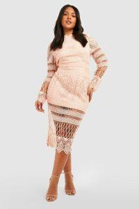 Womens Plus Lace Panelled Midi Dress - Pink - 18, Pink