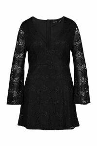 Womens Plus Lace Plunge Skater Dress - black - 18, Black