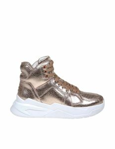 Balmain B-ball Sneakers In Rose Laminated Leather