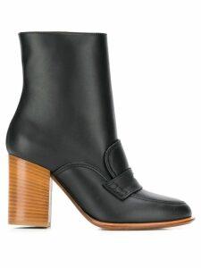 Loewe brogue detail ankle boots - Black